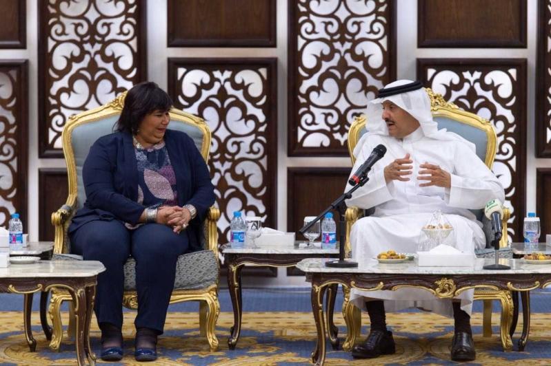 سلطان بن سلمان يبحث التعاون مع وزيرة الثقافة ونائبة وزير الآثار المصري في الطائف
