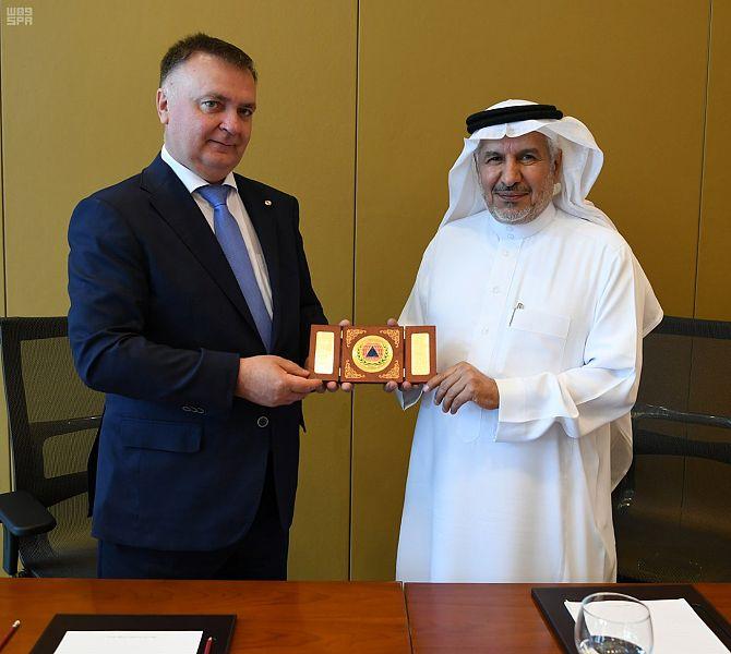 الدكتور الربيعة يلتقي الأمين العام للمنظمة الدولية للحماية المدنية2