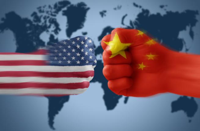 الصين ترد على ترامب.. بدأتم حرباً تجارية وسنقاوم الرسوم الجمركية