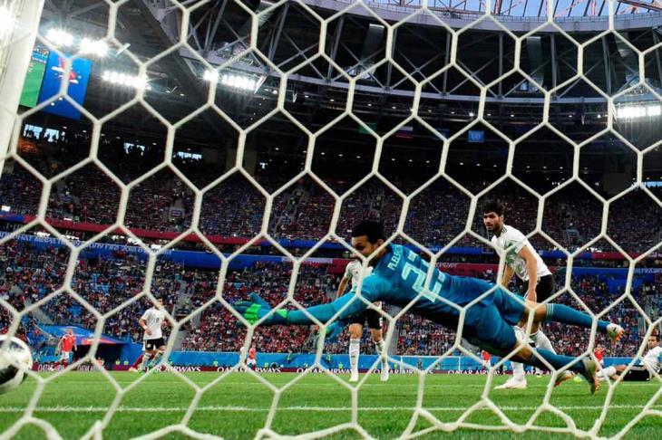 المنتخب المصري ينهار أمام الدب الروسي بثلاثية