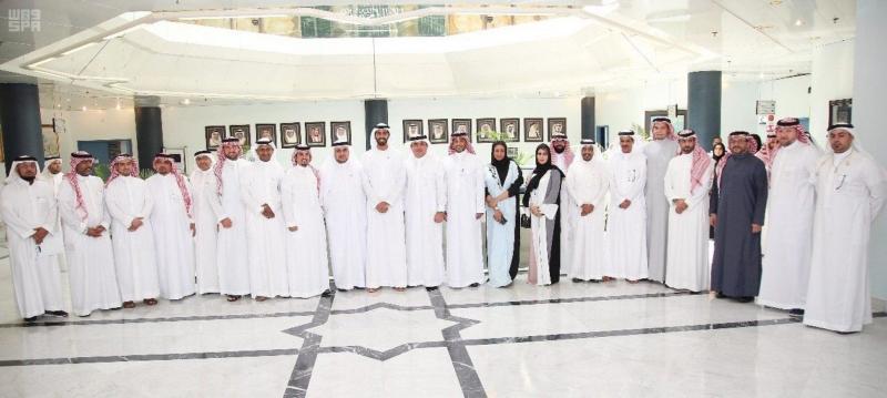 سفير الإمارات في المملكة يستعرض أبرز الفرص الريادية المتاحة في المملكة والإمارات