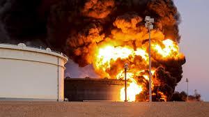 انهيار صهريج لتخزين النفط اشتعلت فيه النار ليومين بليبيا