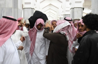 بالصور.. جموع غفيرة تؤدي صلاة الميت على شهيد الواجب الزهراني بالطائف - المواطن