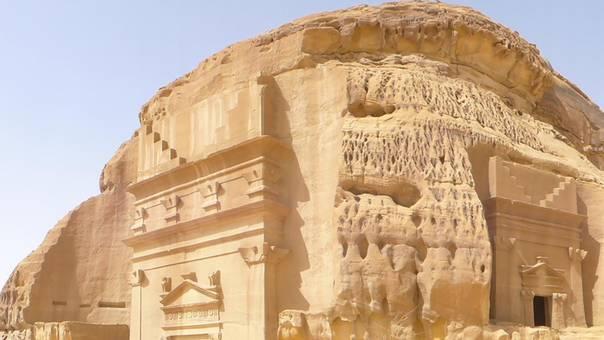 السياحة في السعودية تحقق نجاحات مبهرة للعالم