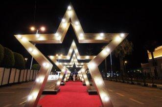 هوليوود وكرنفال ضوئي بانطلاقة مهرجان أبها يجمعنا - المواطن