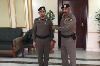 مدير شرطة عسير يقلد آل دحمس رتبته الجديدة - المواطن