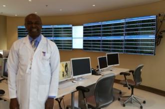"""الدكتور عبدالناصر بشير لـ""""المواطن"""": نتعامل مع الموت يوميًّا وهذه نصيحتي للأطباء المبتدئين - المواطن"""