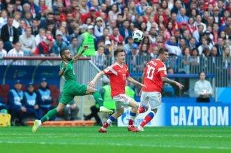 شاهد بالفيديو .. الروس يسجلون الهدف الثالث في مباراة السعودية وروسيا - المواطن