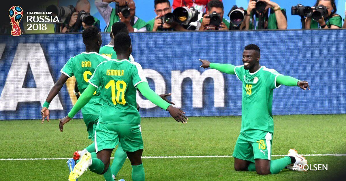 شاهد بالفيديو .. نيران بولندا الصديقة تُهدي أسود السنغال فوزًا مُستحقًّا