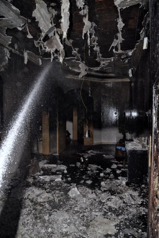السعودية اليوم – احتجاز رجل وامرأة في حريق منزل بحائل.. والمدني يتدخل