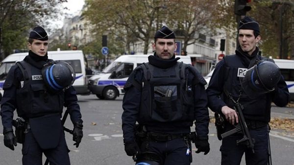 #فرنسا .. مقتل شخص وإصابة 3 آخرين في إطلاق نار وسط #ستراسبورج