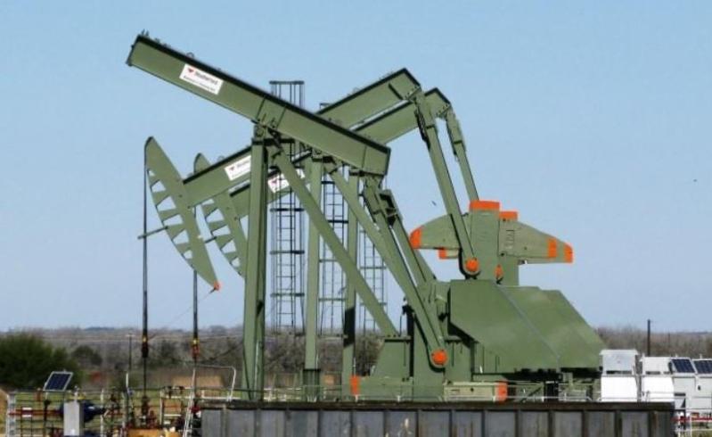أسعار النفط .. برنت بـ42.03 والخام الأمريكي 39.69 دولار