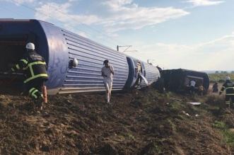 ارتفاع حصيلة ضحايا انقلاب قطار بشمال غرب تركيا إلى 24 قتيلاً - المواطن