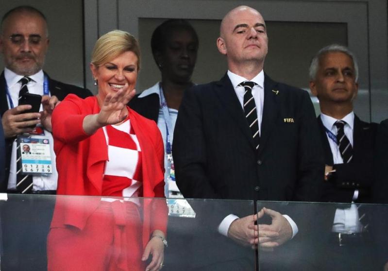 رئيسة كرواتيا .. هذا عمرها الحقيقي وابنها يحمل اسم نجم المنتخب