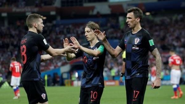 كرواتيا ضد إنجلترا .. التاريخ ينحاز للأسود الثلاثة في البطولات الكبرى