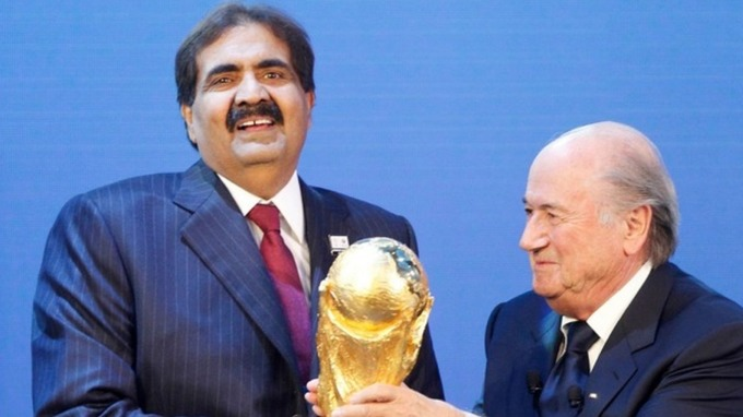 فضيحة مدوية.. قطر اشترت كأس العالم بالمال.. والفيفا يلتزم الصمت