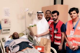 بالصور.. هلال عسير يزور رجل الأمن المطعون ببيشة - المواطن