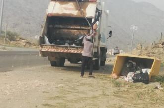 بالصور.. إزالة 60 طنًّا من المخلفات والنفايات في بارق - المواطن