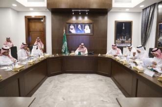 نائب أمير مكة يستعرض أعمال وقف الملك عبدالعزيز لعين العزيزية - المواطن