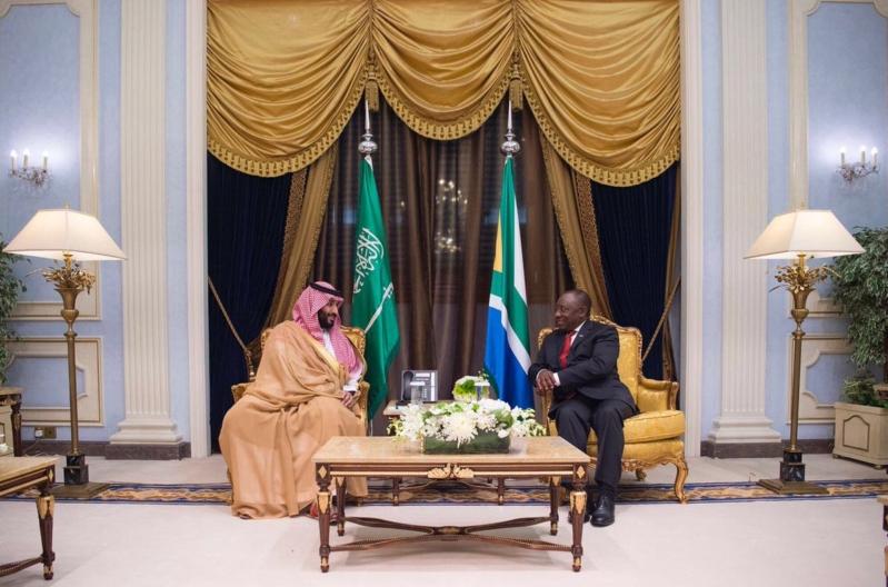 ولي العهد يبحث أوجه العلاقات الثنائية مع رئيس جنوب أفريقيا