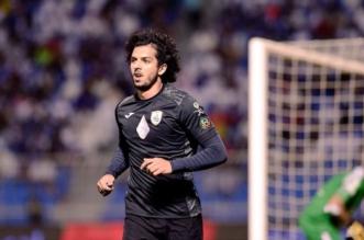 عمرو بركات يرفع راية الوداع لنادي الشباب - المواطن