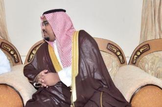 بالصور.. نائب أمير نجران يواسي ذوي الشهيدين الأحمري وآل هشلان - المواطن
