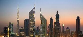 سائح مطالب بدفع 13.5 ألف دولار قيمة استئجار مركبة في دبي - المواطن