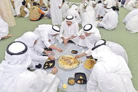 حفظ النعمة يوزع 800 وجبة في عرعر خلال أربعة أيام - المواطن