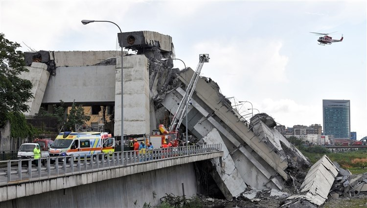 السفارة لدى بريطانيا: لا سعوديين ضمن ضحايا جسر جنوة