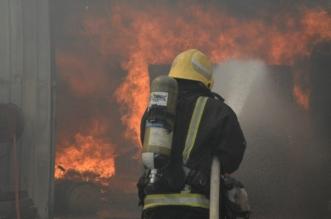 بالصور.. حريق بركسات في جدة يمتد إلى مستودع طبليات - المواطن