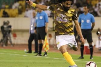 حسين عبدالغني في مباراة النصر واحد 4