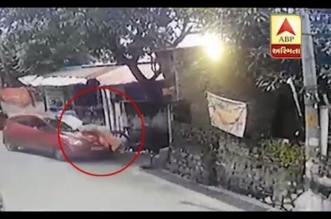 فيديو مروع.. سيارة تدهس امرأة تسير على جانب الطريق - المواطن