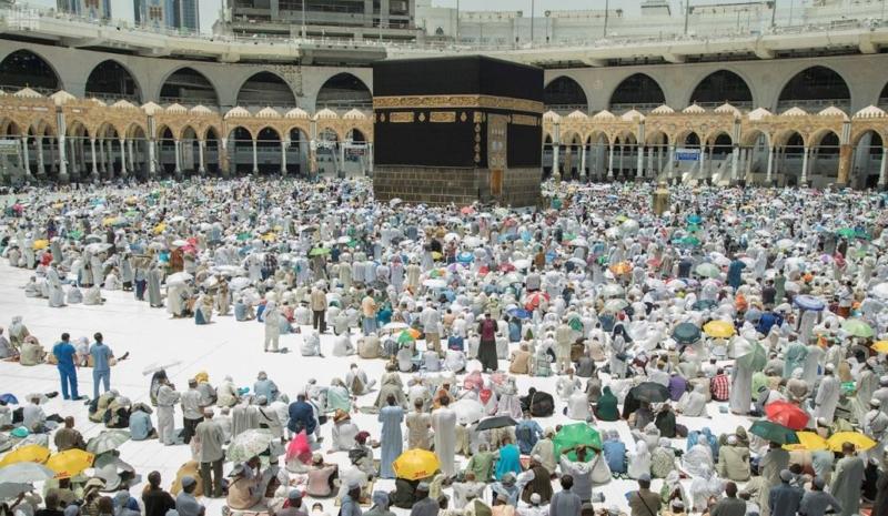صلاة الجمعة المسجد الحرام الكعبة1