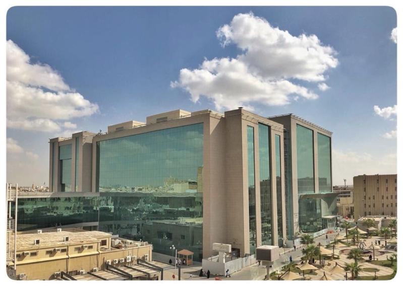 10 وظائف إدارية وصحية شاغرة في مدينة سعود الطبية