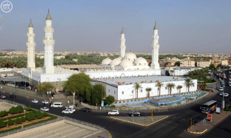 تكثيف أعمال الغسيل والتعقيم في منطقة مسجد قباء