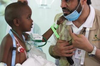الصحة تستضيف طفلًا صوماليًّا عمره 4 سنوات برفقة والديه - المواطن