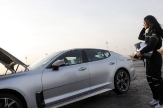 بالصور.. رنا الميموني تستعرض بسيارتها في الرياض - المواطن