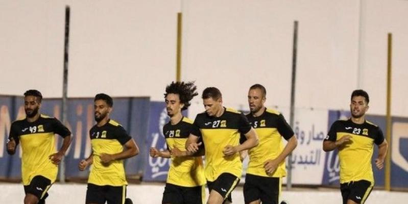 العميد يكشف أوراقه لـ مباراة الاتحاد والوصل