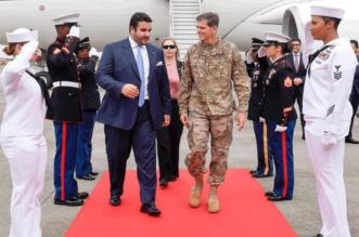 خالد بن سلمان يزور مقر القيادة المركزية الأميركية ويلتقي بالضباط السعوديين - المواطن