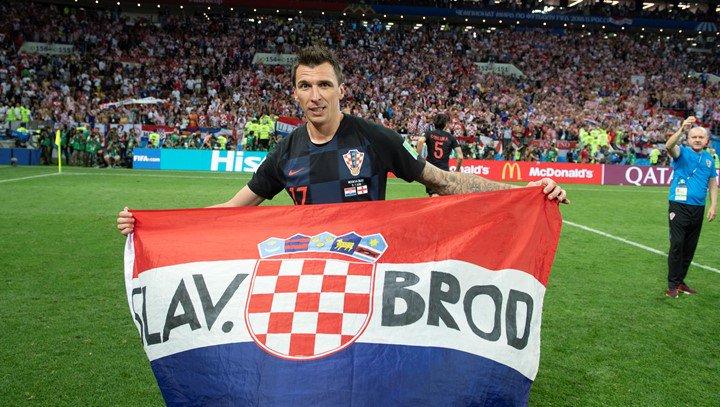 ماندوزوكيتش يعتزل دوليًّا مع كرواتيا بعد المسيرة الأجمل