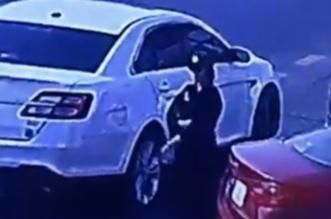 بالفيديو.. فتاة الدمام متورطة بأول جريمة سرقة مركبة في وضح النهار - المواطن