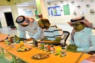 النجاة من الصحراء والغذاء المتوازن لمرتاديها.. محاضرات بأندية الرياض الموسمية - المواطن
