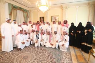 بالصور.. رجل الأعمال الحماد يحتفي بوفد أدبي الأحساء وإعلاميون - المواطن