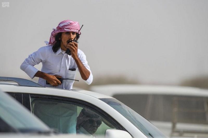 بالصور والأسماء.. انطلاق سباقات التنشيطي الثاني لمهرجان ولي العهد للهجن - المواطن