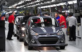 الأزمة الاقتصادية تهبط بمبيعات السيارات في تركيا بنسبة 53% - المواطن