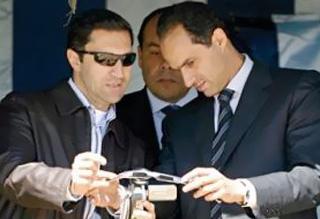 جنايات القاهرة تأمر بضبط علاء وجمال مبارك.. تعرف على السبب - المواطن