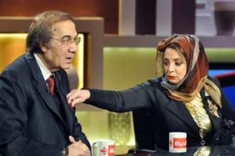 رانيا محمود ياسين تتوعد مروجي الشائعات حول والديها - المواطن