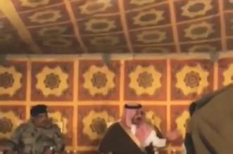 نائب أمير عسير يعزي ذوي الشهيد صالح آل دابش في الحرجة - المواطن