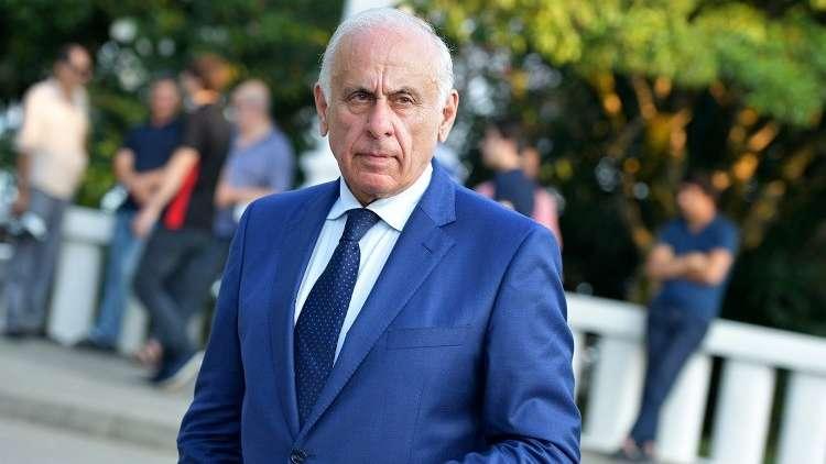 شاهد.. وفاة رئيس وزراء أبخازيا في حادث سير بعد عودته من سوريا