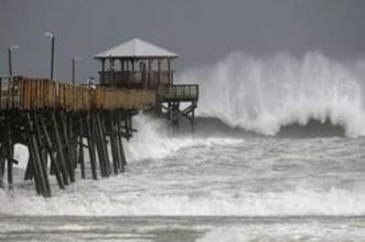 شاهد.. إعصار مانكوت يجرف البشر والحجر - المواطن